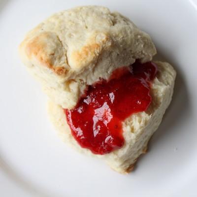 Plain Scone with Strawberry Freezer Jam
