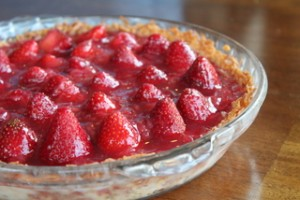 French Strawberry Glace Pie
