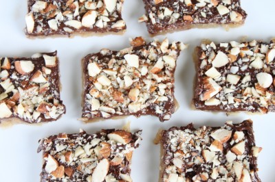 Almond Roca Cookie Bars