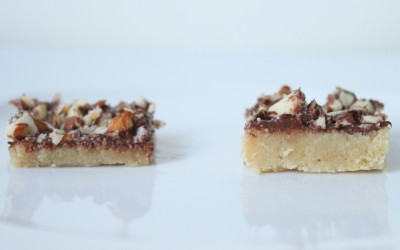 Almond Roca Cookie Bar Crust Comparison