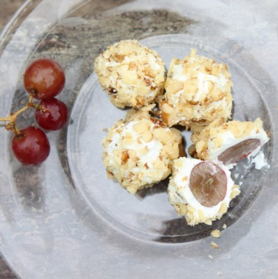 Blue Cheese & Walnut Grapes
