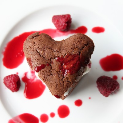 Heart Brownies à la Mode