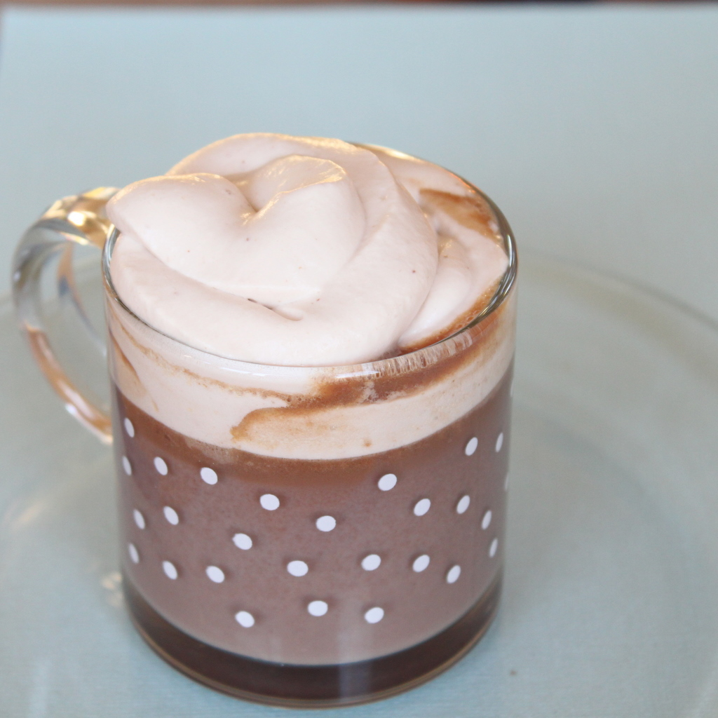 Hot Chocolate Whipped Cream | Itsy Bitsy Foodies
