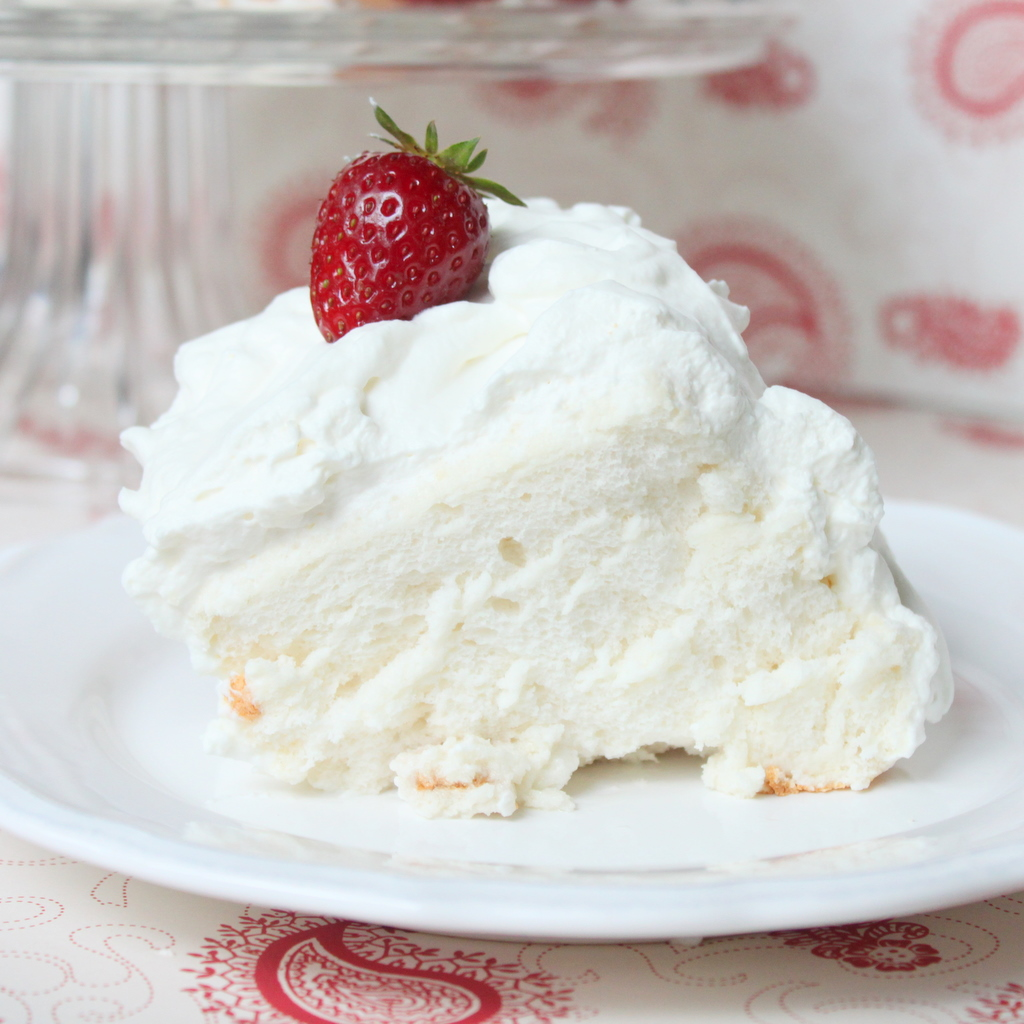 Whipped Cream Frosting For Angel Food Cake