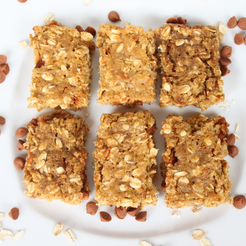 Pumpkin Cinnamon Chip Oatmeal Bars